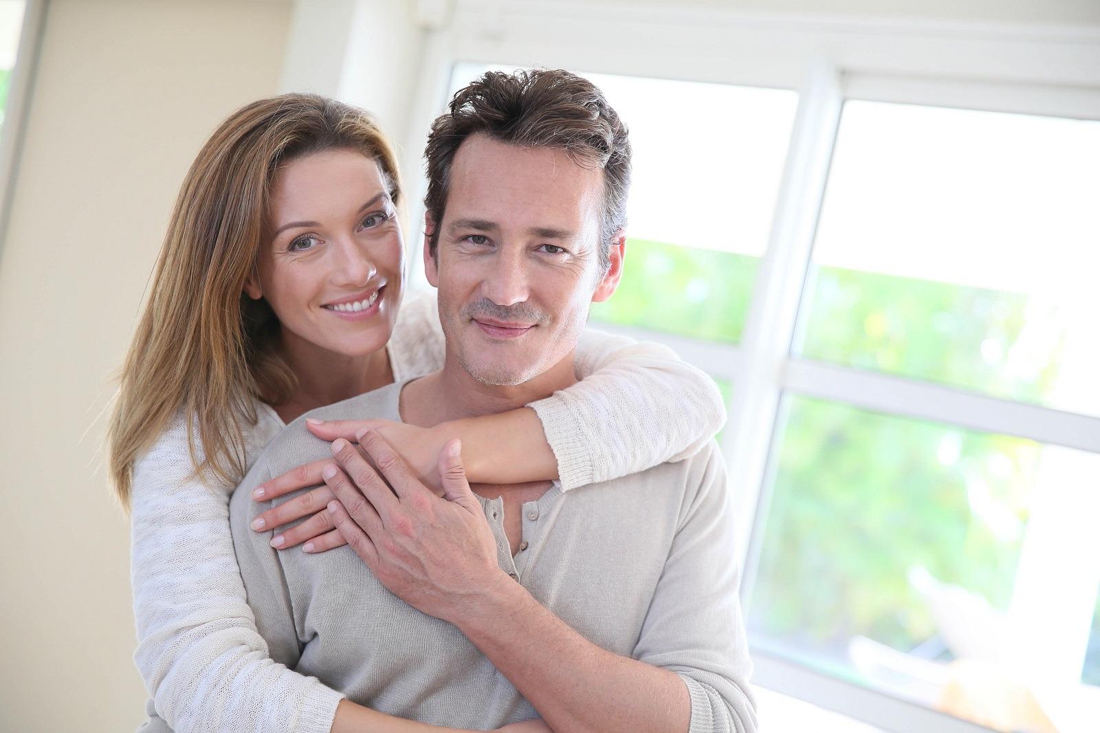 PROMOTION:<br>Pose d'implant + prothèse<br>dentaires immédiates<br>à prix bas!